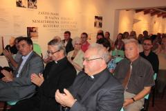 Predstavljanje izdanja održano je u Centru za nematerijalnu kulturu Istre - CENKI u Pićnu 16. kolovoza 2012. godine.