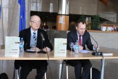 Predstavljanje izdanja održano je u Nacionalnoj i sveučilišnoj knjižnici u Zagrebu 16. travnja 2015. godine.