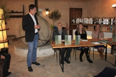 Predstavljanje izdanja održano je u Galeriji Torkla (Dolina kod Trsta) 9. svibnja 2019. godine.