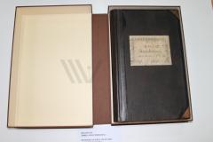 Restaurirana knjiga zaštićena zaštitnom kutijom